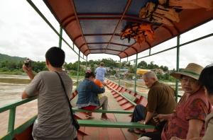 Barca frontera de Chiang Khong-Houai Xai